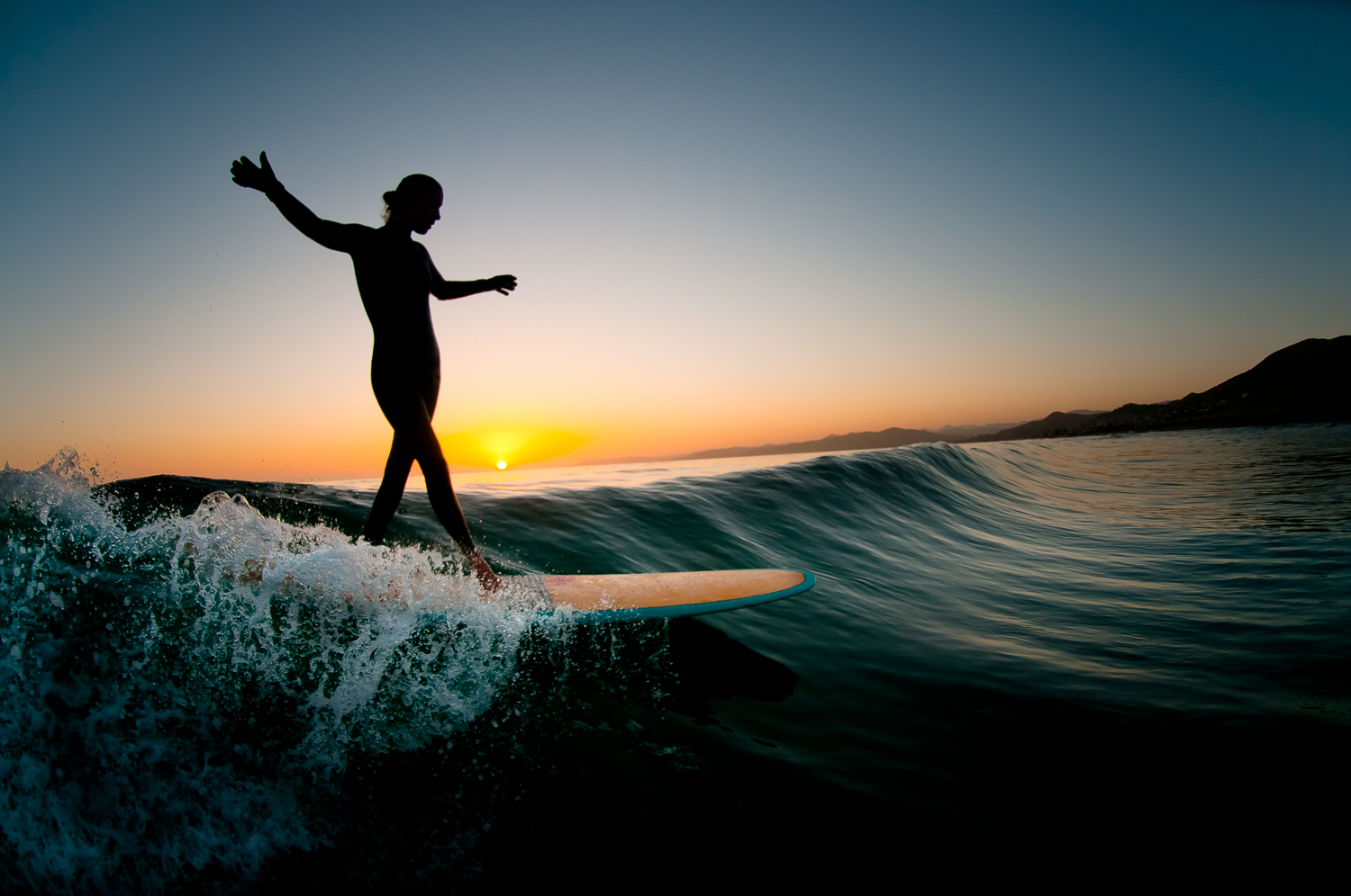Surfing Style of California
